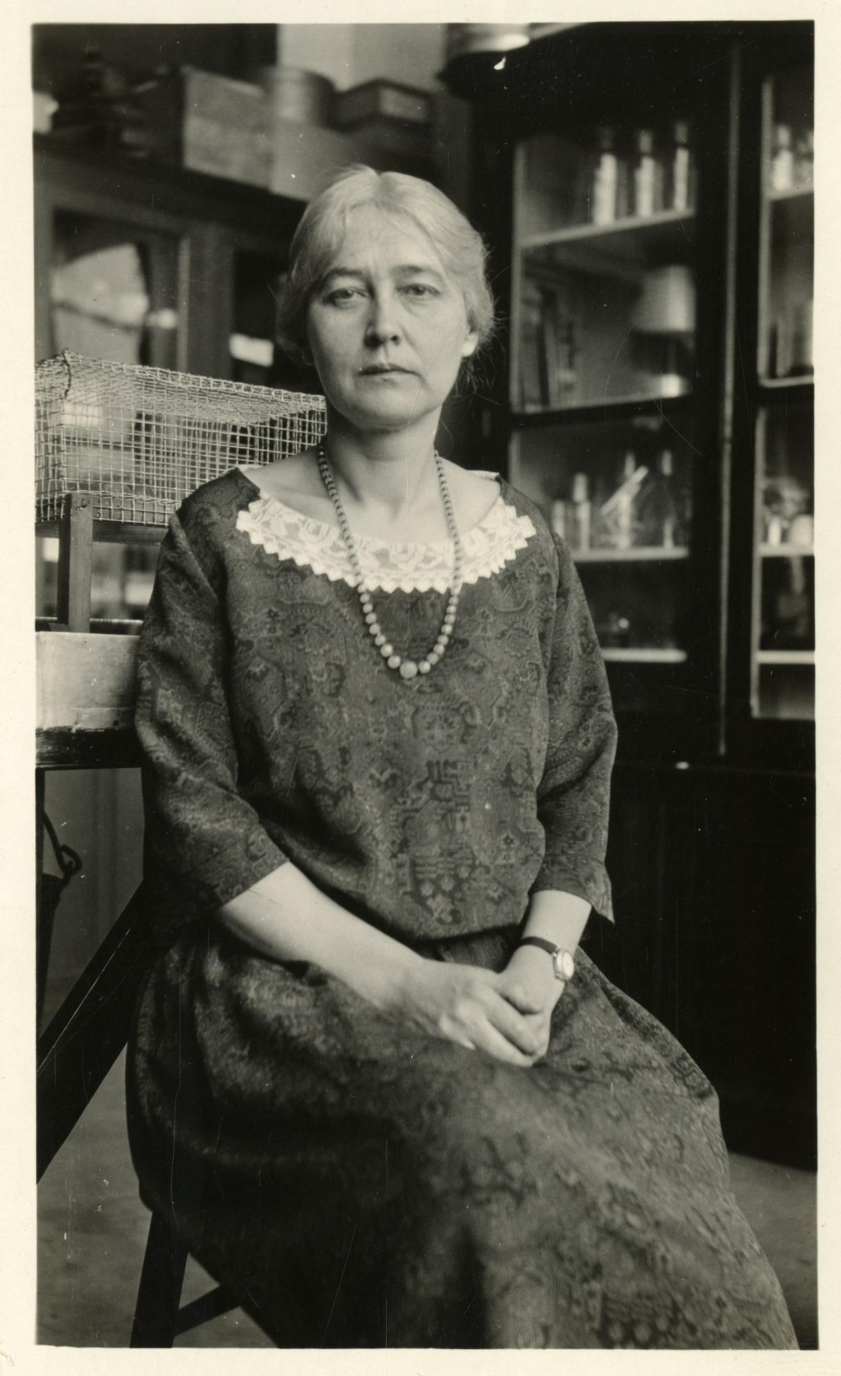 Para Ilmuwan Sains Wanita Yang Layak Dibanggakan I